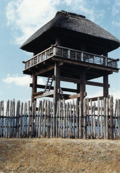 Reconstructed watchtower building, Yoshinogari site