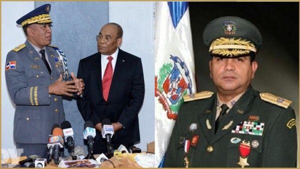 En foto de archivo, el jefe de la Policía, Manuel Castro Castillo, el embajador de Haití, Fritz Cineas; a la derecha, el vicealmirante,Edmundo Félix Pimentel, Comandante de la Armada Dominicana.
