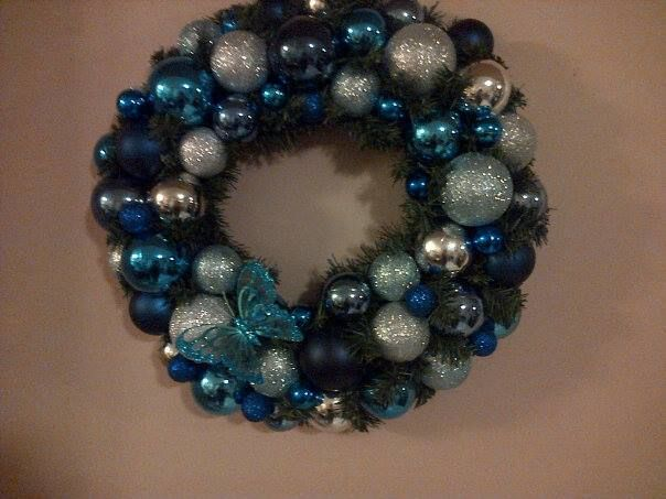1 of 2 identical wreaths in mixed blues as last minute gift items