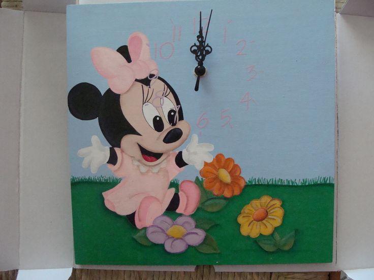 orologio da parete in legno dipinto a mano #Minnie