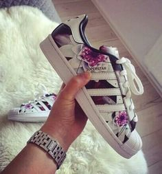 Imagem de adidas, shoes, and superstar