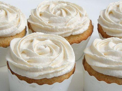 vanilla bean cupcakes: Frostings, Rose, Cupcake Recipes, Sweets, Food Ideas, Vanilla Cupcakes Recipe, Yum, Cupcakes Rosa-Choqu, Parties Food