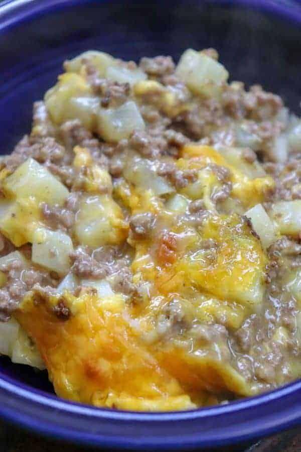 5 Ingredient Ground Beef Casserole Recipe In 2020 Ground Beef Casserole Recipes Beef Casserole Recipes Beef Dinner