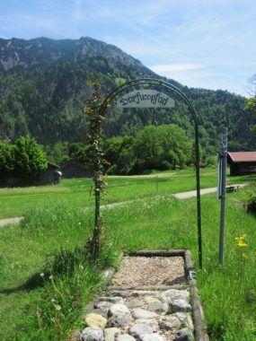 Willkommen-am-Barfußpfad_Bad-Hindelang