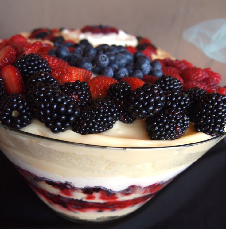 Mixed Berry Trifle www.blueketcupbbq.com