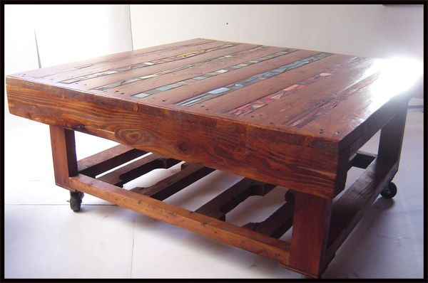 Pallet coffee table: Pallets Coffee Tables, Pallets Wood, Pallets Furniture, Wooden Pallets, Coff Tables, Pallets Tables, Wood Pallets, Old Pallets, Recycled Pallets