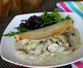 Crepres - Pancakes con Pollo en Salsa de Champiñones Colombia, cocina, receta, recipe, colombian, comida.