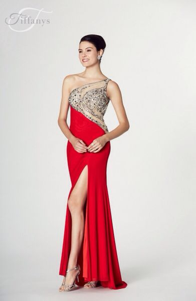 18 Best Prom Gowns Now In Images On Pinterest Prom Gowns Ball