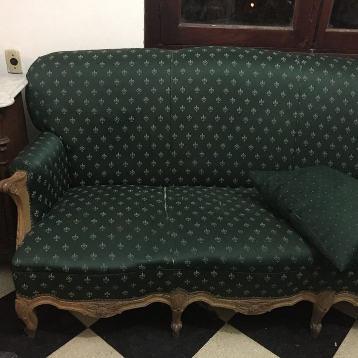 sofá antiguo