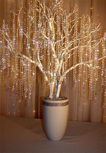 Icicle tree....soooo sparkly!  I <3 it!!!