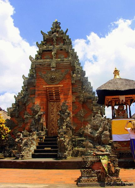 """the religious temple complex is called """"Pura"""" and occupies a sprawling compound made up of large and smaller temples dedicated to Hindu Gods... #Gianyar #Bali"""