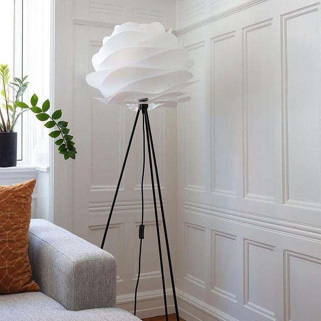 Meet Carmina Soft Waves Of White Sit Upon A Black Tripod Floor Base An Easy Addition To Brighten A Dark Cor In 2020 Tripod Floor Dark Corners Simplistic Design