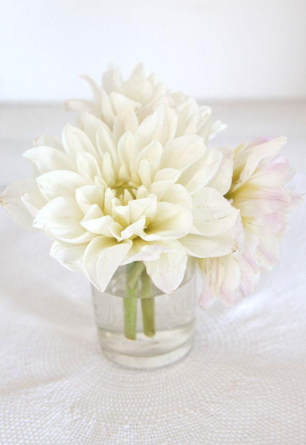 White Floral Centerpiece : Best ideas about white flower centerpieces on pinterest