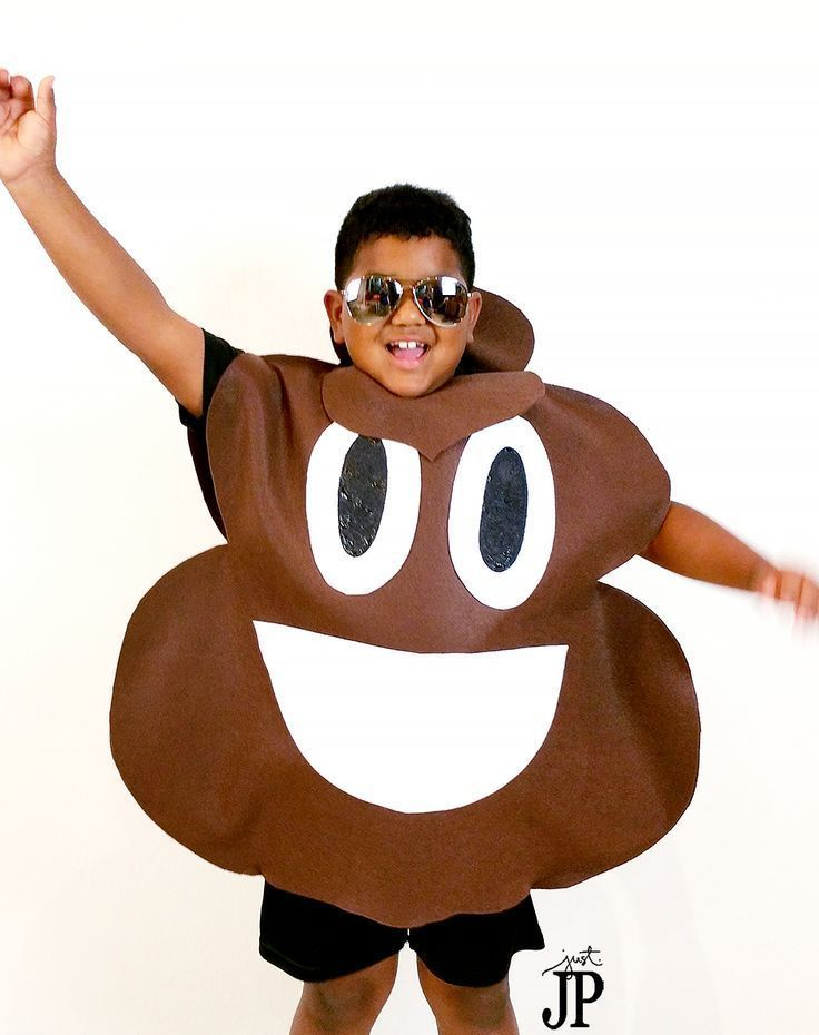 605f5dcd898 TWO No Sew DIY Emoji Costumes for Under $25! #JPHalloween   Fabulous ...