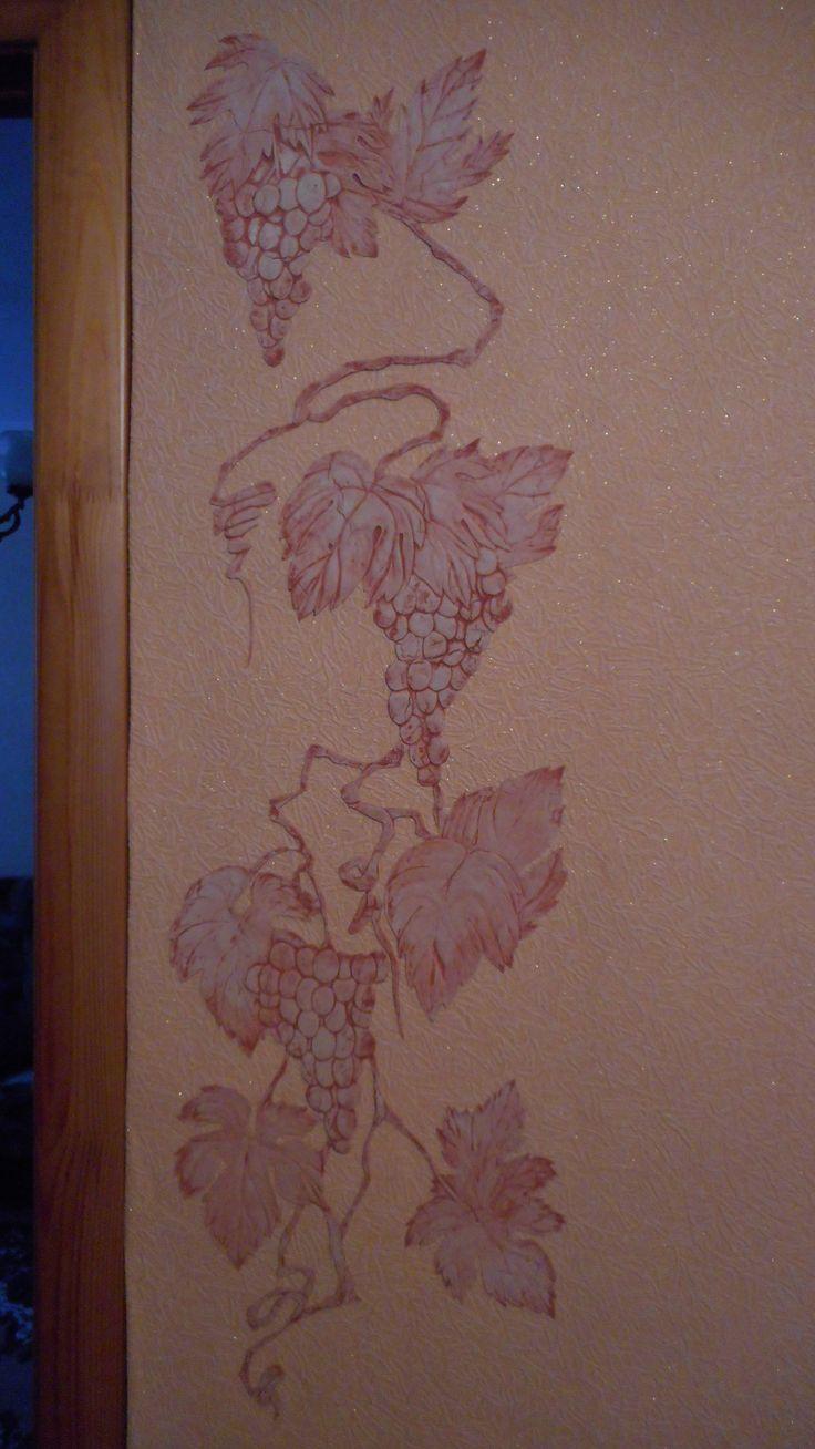 Красивые стены, виноград, барельеф, панно, ваза, цветы, декоративная штукатурка, штукатурка, шпаклёвка, клей пва, узор, картина, рисунок, эскиз, искусство, декор, стена, краски, ремонт. Beautiful walls, bas-relief panels, vase, flowers, decorative plaster, stucco, plaster, PVA glue, design, painting, drawing, sketch, art, decor, wall, paint, repair