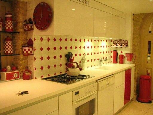 Les 7 meilleures images du tableau carreaux reliefs sur pinterest faience carrelage et cuite for Faience cuisine contemporaine