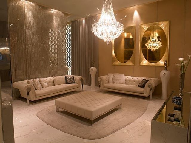 Gold and Cream allure, sumptuous living room, http://wama.mobi/  #italy #home #decor #furniture #gold #elegant #madeinitaly #love #christmas