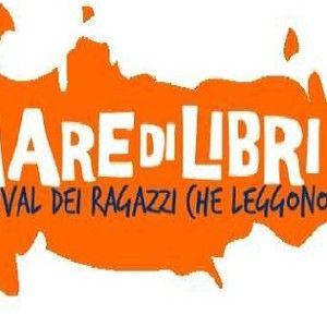 Siete pronti? Anche quest'anno è in arrivo Mare di Libri! Torna il Festival della letteratura dedicato agli adolescenti: sarà a Rimini dal 13 al 15 giugno