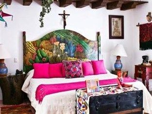 Bright Pinks In The Bedroom