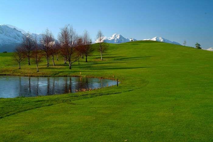 Campo municipal golf de Llanes