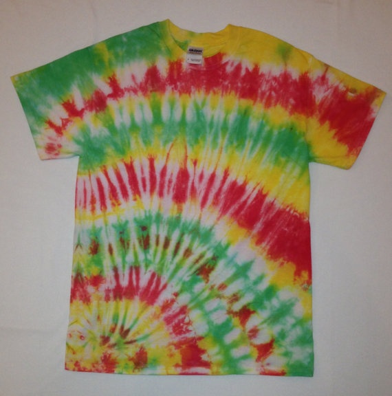 New Tie Dye Rasta Shirt! We can make this is any size and we also do custom orders! #tiedye #rasta #bobmarley #onelove #tshirt #shirt