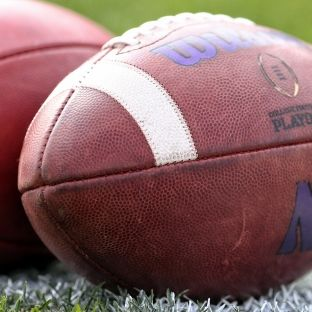 College football: DI Council adopts new recruiting model