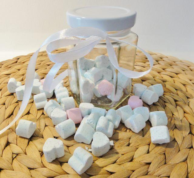 Mini-Badeherzen mit Sprudeleffekt selber machen – DIY-Kosmetik