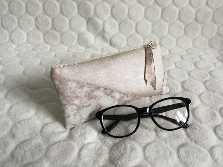 Étui à lunettes !!