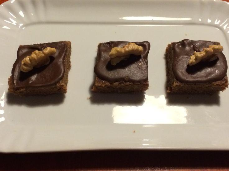 Quadretti al cioccolato