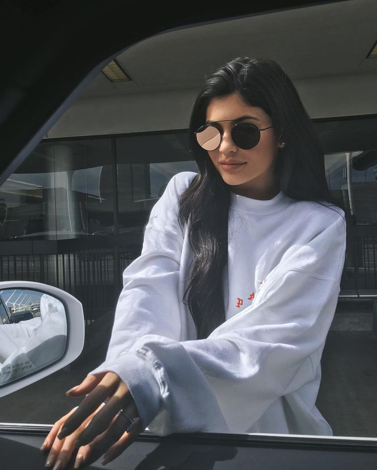 See this Instagram photo by @kyliejenner • 1.4m likes
