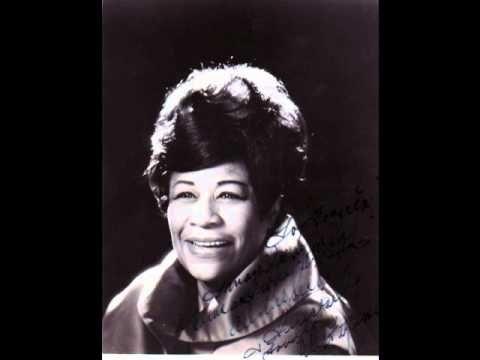 http://youtu.be/6pdyiK5kziw  Ella Fitzgerald Live at Mr. Kelly's - 1958,singing Summertime.