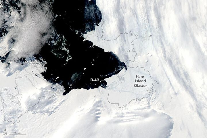 Another Berg from Pine Island Glacier in 2020   Pine ...