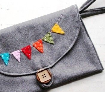 bunting clutch that i totally WANT from etsy.com - $24.00