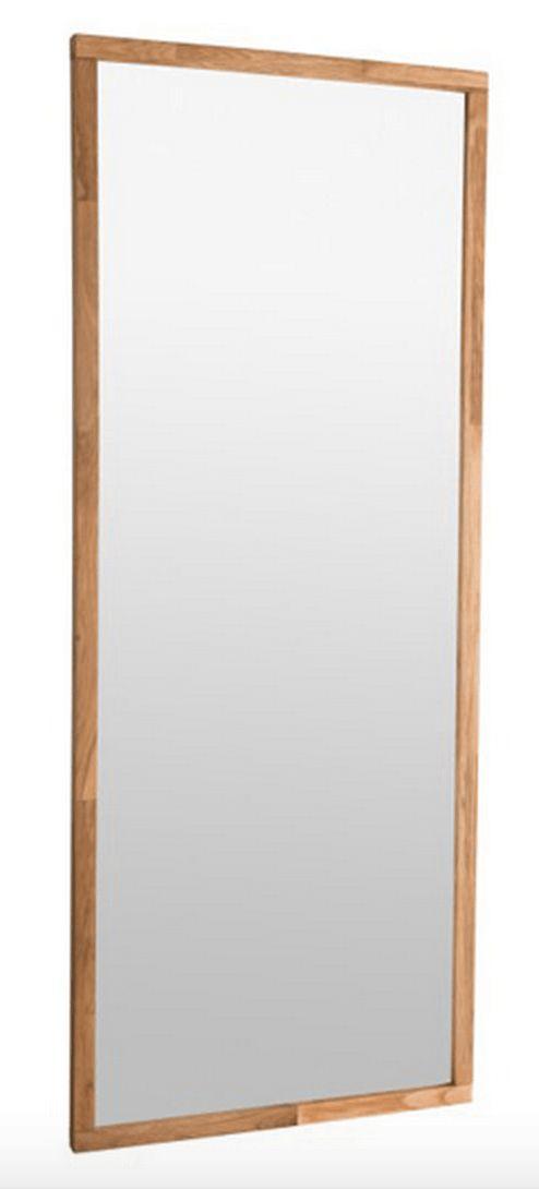 Belina+Spejl+-+Flot+enkelt+spejl+med+ramme+i+egetræ.+Anvend+spejlet+i+entréen+eller+i+soveværelset.+Spejlets+enkle+look+vil+passe+ind+i+de+fleste+indretningsstile.+