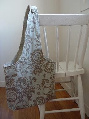 THE SEWING DORK: The Two Pillowcase Bag - a Tutorial