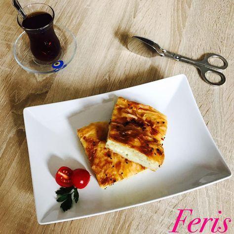 Börek mit Schafskäse Zutaten: 6 Blätter Yufka-Teig (1KG) 2 Eier in den Mixtopf geben und 30 Sek. / Stufe 4 schlagen 13...