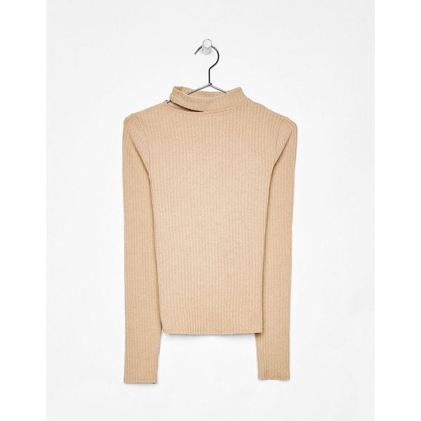 Knit sweater with slit on the neckline - New - Bershka Israel ❤ liked on Polyvore featuring tops, sweaters, knit top, bershka, beige knit sweater, slit tops and beige sweater