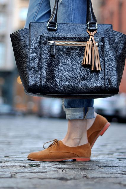 pebbled leather: Leather Coach, Coach Bags, Accessories Heavens, Fashion Bags, Pur Shoes Accessories, Oxfords Shoes, Clutches Pur Handbags, Leather Bags, Leather Purses