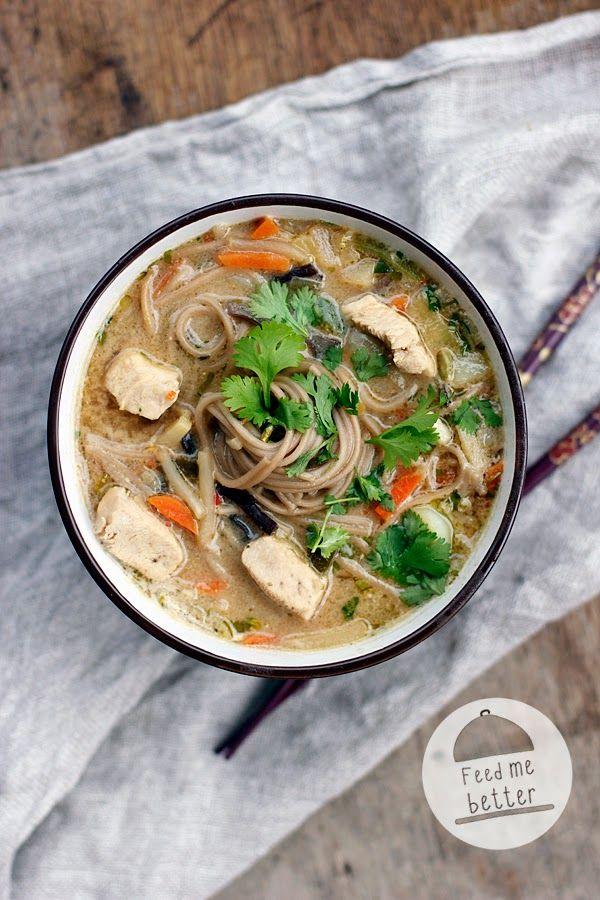 Tajska zupa z kurczakiem.
