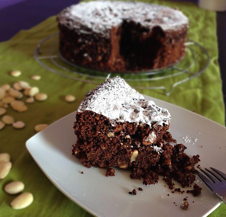 Verde oliva IT: Torta cioccolato e mandorle