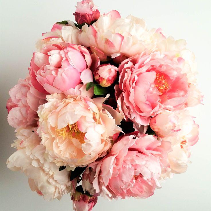 Peony Elegance Blush & Cream