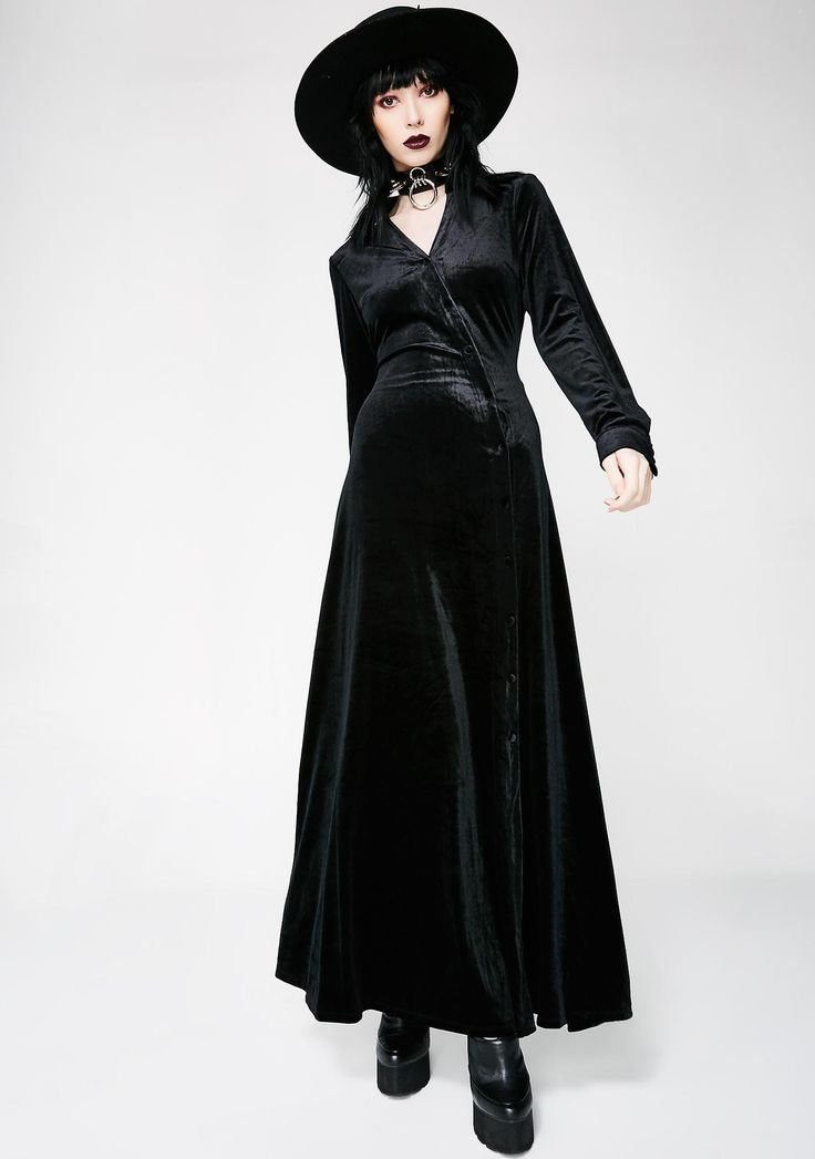 Onyx In Charge Velvet Dress cuz you make your own rules. This black velvet maxi dress has long sleeves and a button up front closure.