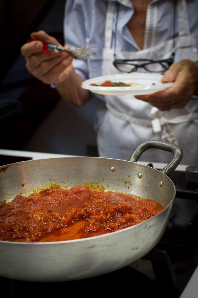 Une touche de miel | Sauce aux tomates de base | Al Italia no2 | http://www.unetouchedemiel.com