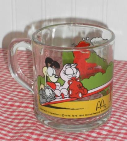 Vintage 1980 McDonalds Garfield The Cat Comic Strip Coffee Cup Mug