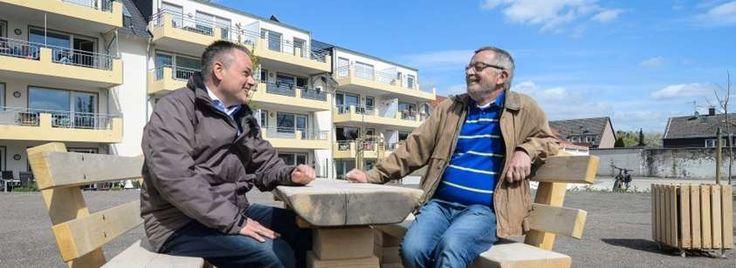 24 Seniorenwohnungen, die gerade bezogen werden, haben Stefan Fabritz (links) und Friedrich Zenk an der Böhmerheide errichtet. Weil sie sich im Essener Norden wohlfühlen, investieren sie hier in zahlreiche Wohnobjekte.
