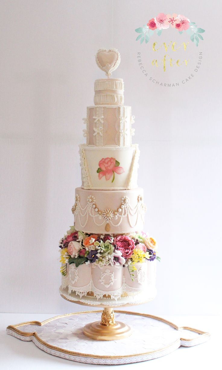 @everaftercake A cake I made for the Icing Inspirations Cake Competition in 2016 (Fashion Theme) and won first prize in the professional division. This could easily be redesigned to be a splendid wedding cake.