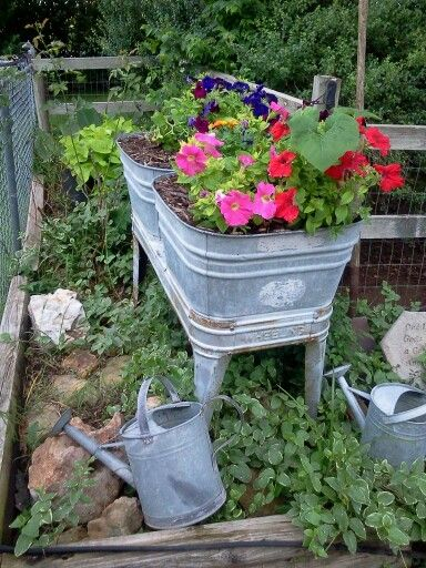 ... images about Wash Tubs on Pinterest   Gardens, Planters and Wash tubs