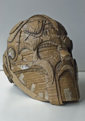 how to make an egyptian mask out of cardboard