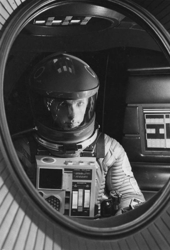 22 best images about 2001 on pinterest spaceships keir for Bedroom 2001 space odyssey