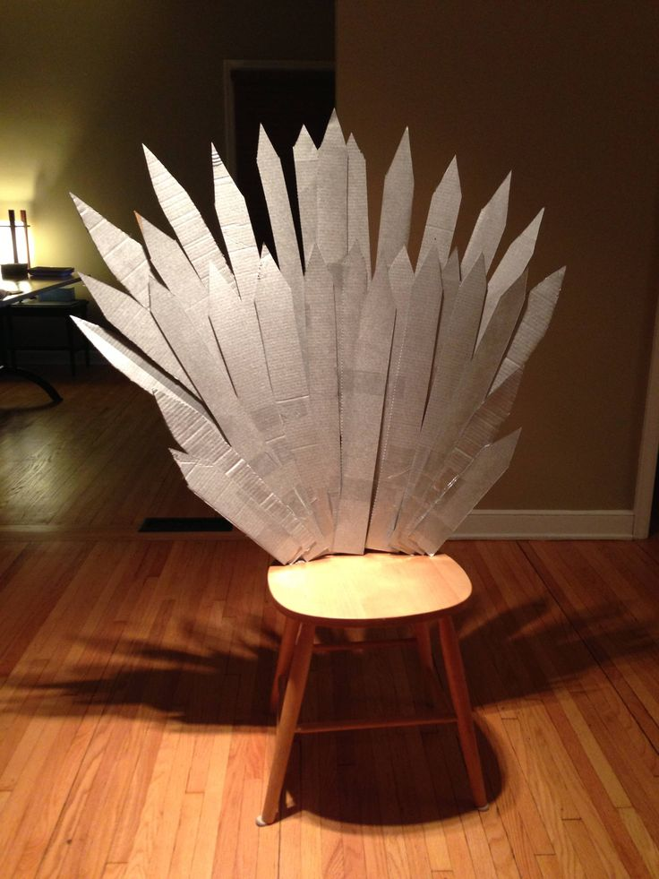 DIY Iron throne - would be funnier added to the toilet (throne!)? Game of Thrones party decor.